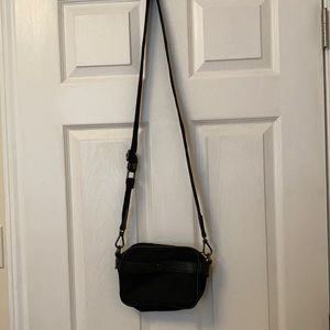 Lululemon crossbody